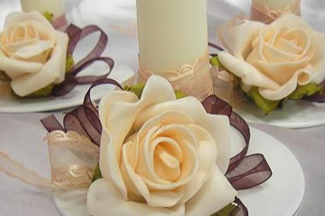Квіти для оформлення весільного столу