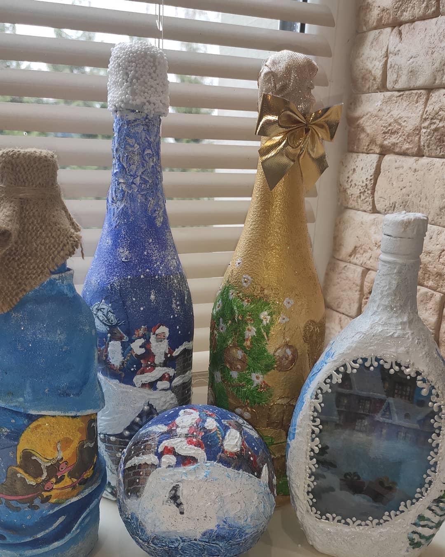 Декоровані пляшки, новорічні прикраси